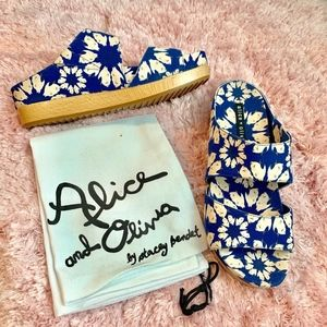 🆕 Alice Olivia Wedge Heel Blue Sandals 36.5